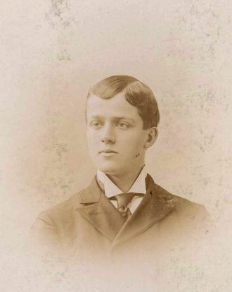 Walter Edgar Tufts