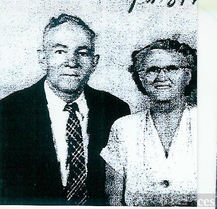 Cyrus & Ruth Elliott