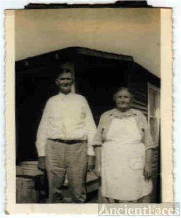 James Roseman Abbott and Minnie Alzora Williams Abbott