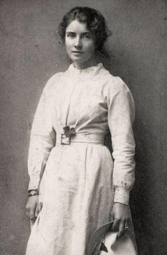 Edna Waugh 002
