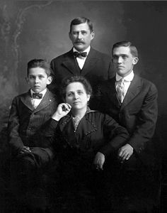William, Susan, Paul, & Peter Barthel, ND 1915