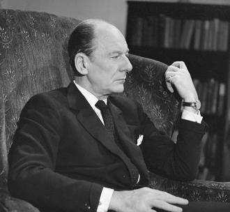 A photo of John Gielgud