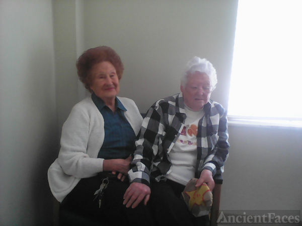 Vera-mae Reynolds & Geneva Weaver
