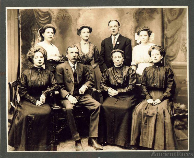 Morlang Family