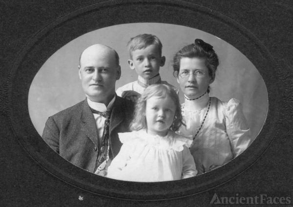 My Grandmother & grt Grandparents