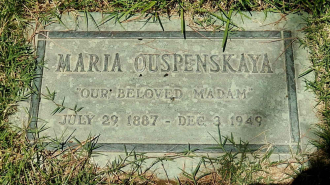 Her Grave in Los Angeles.