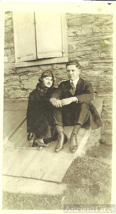 Harry W. Klopp & wife, Pearl Roman Miller