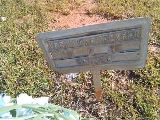 Pearl (Beedles) Barker gravesite