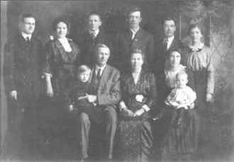 Horace & Harriet (Perry) McChesney Family, Iowa