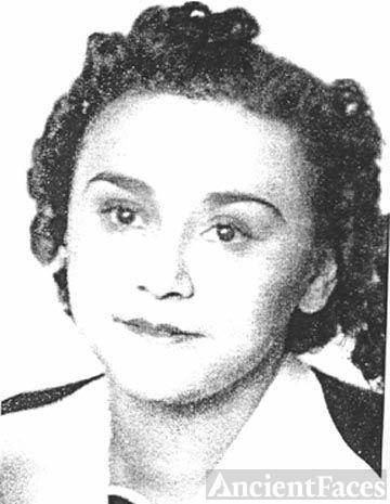 Eva Gil Carrera