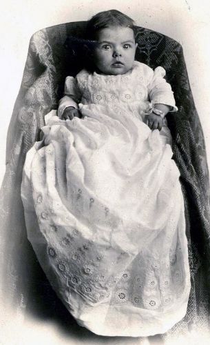 Elvia Mona Foster