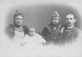 Dolan Family (Ontario, Canada)