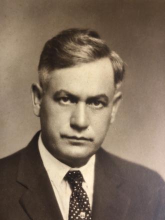 Ivey Oscar Drewry Sr.