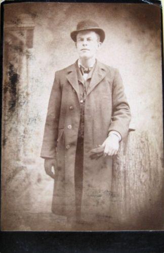 Elgin Milton