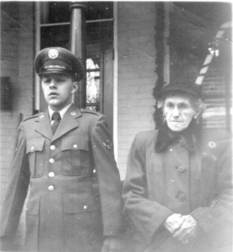 Tressa (Hess) and Ralph Barton Hawk Jr