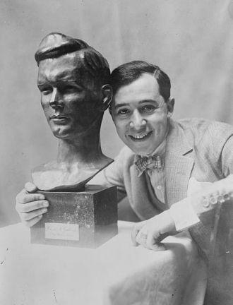 """""""Sach de Paris"""" & Lindbergh bust"""