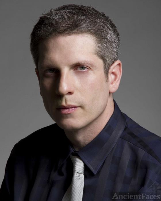 Christopher L Snyder