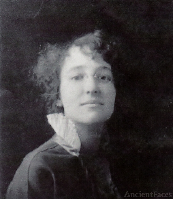 Ruth Lorenda Blood