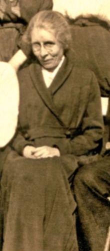 Elizabeth Rae