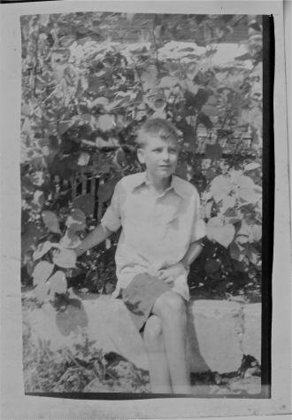 Wilson or Dowling boy