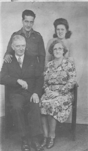 Charles, Ann, William & Mary Helen Weir, 1945