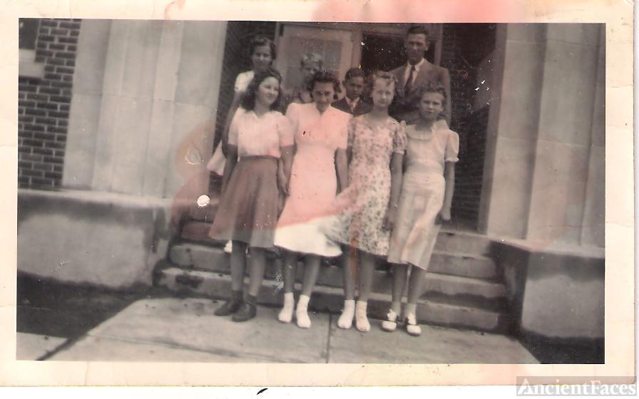 graduation class 1940
