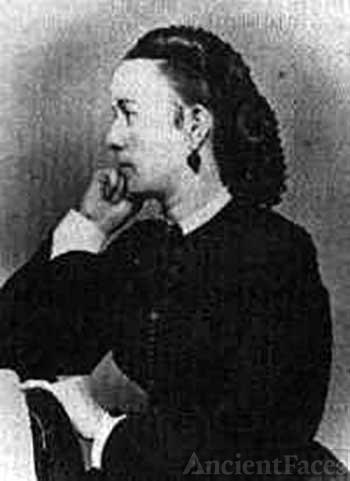 Fannie Chamberlain