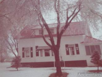 Ferris Earl Thompson Home