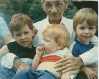 Elmer Bell & Great Grandchildren