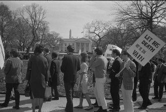 Picketing at White House | MLK's Assassination
