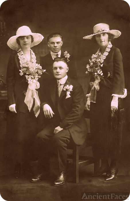 The Murray brothers and wives