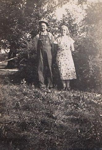 Theodore & Fanny Meta (Janssen) Roos