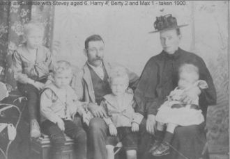 John & Elizabeth (Crouch) Button family, 1900