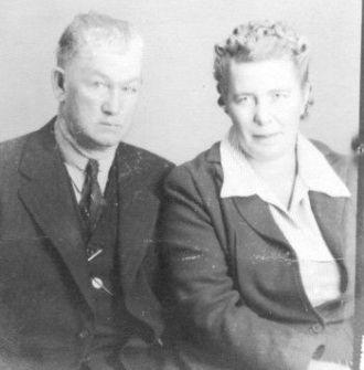 Ella Gibbins and husband Willie Lee PHIPPS