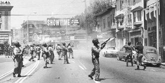 Telegraph Avenue, Berkeley CA, 1969