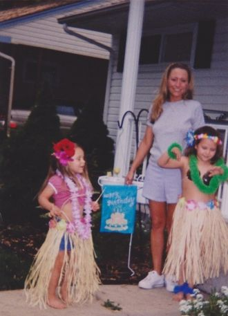Becky Bradley with nieces, 2003