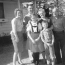 Warren Lordly's Family Easter 1963