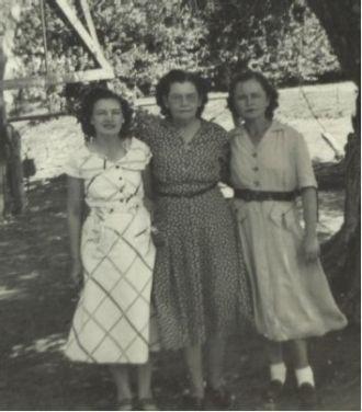 Georgia Maude Duncan Estes & daughters