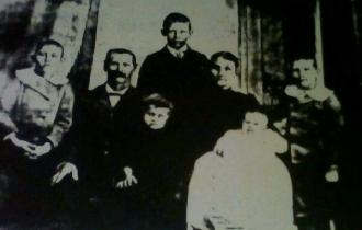 Elijah and Emma (Brown) Duke Family