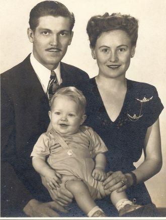 1947 George, Millie & Billy Brewer