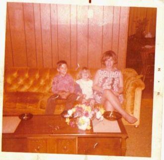 Ricky, Sonya & Connie Dent