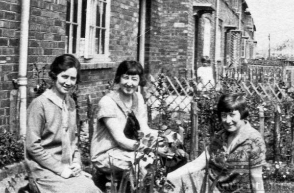 Clara, Kathleen & Maud Pilcher
