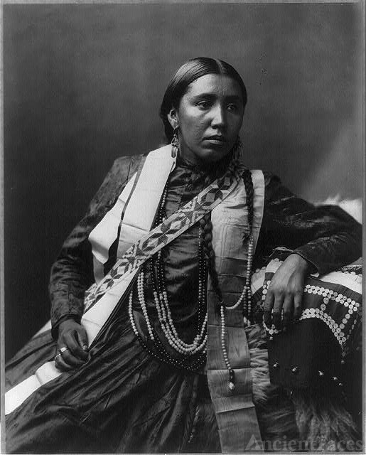 Sioux Indians: Susan Frost