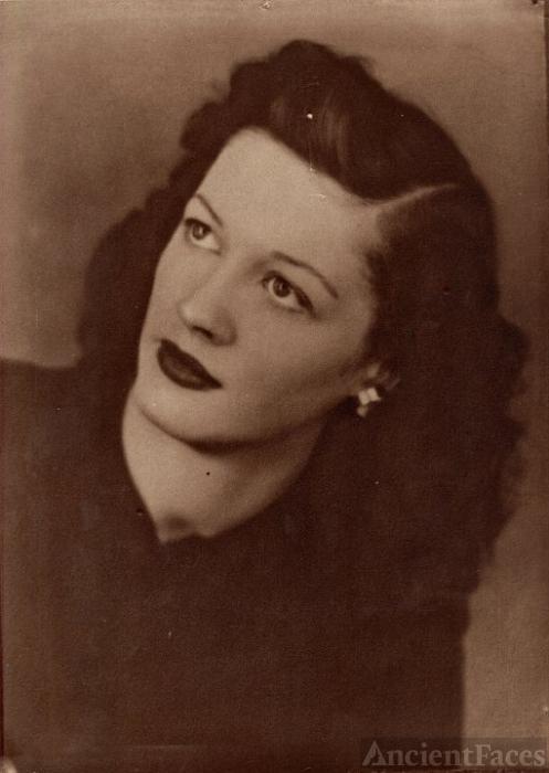 Arlene M Gates
