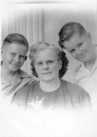 Gussie Beeson & sons