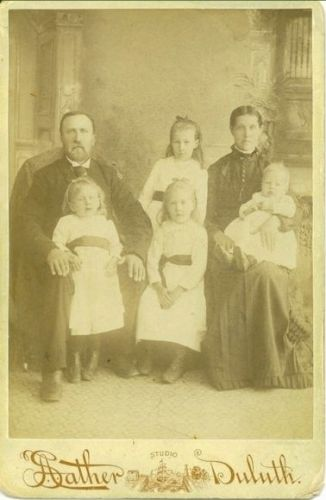 DRJohnson, Eva & 4 children