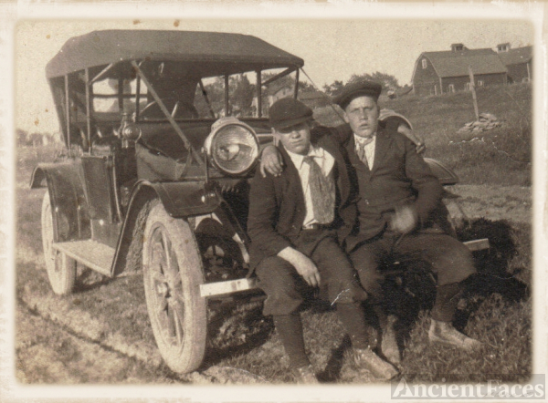 Alexander Steele & George Cummings