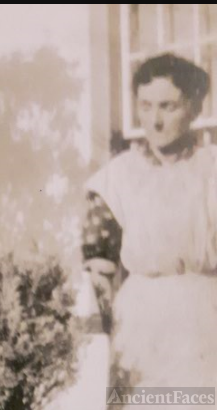 Violet Leseelleur