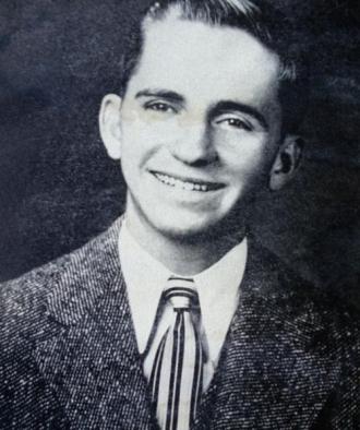 Ross Perot, 1949