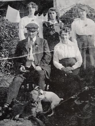 Clutterbuck Family